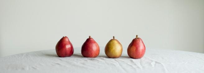 1840_4 pears_72
